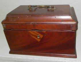 23: 18th century mahogany Chippendale tea caddy