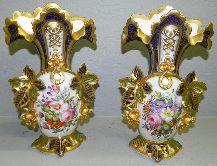185: Pair of beautiful Old Paris hand painted vases