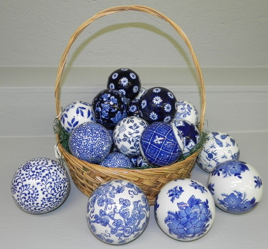 2: (25) Ceramic blue and white balls