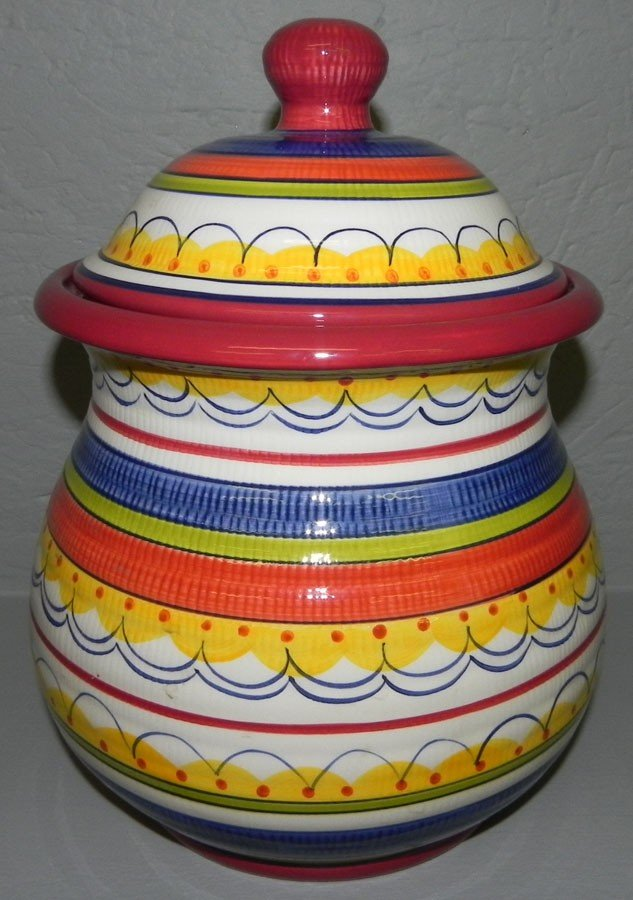 4: Earthenware covered jar