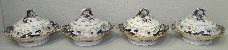 113: (4) ironstone china early transfer covered dishes.