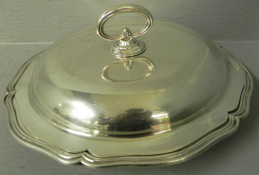 510: Argentinean silver covered dish in silver.