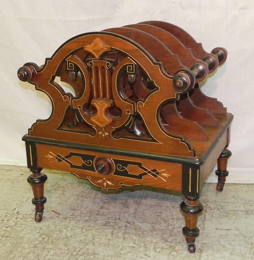 14: Very fine Victorian Canterbury made of walnut