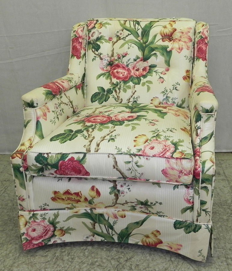 67: Chintz covered tufted back boudoir chair.