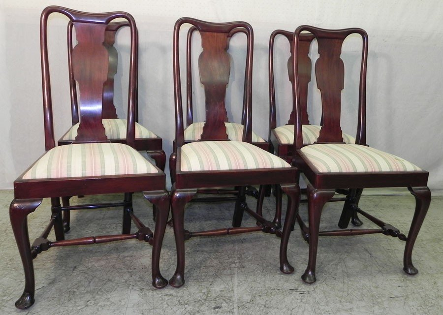 165: (6) mahogany Queen Anne stretcher base chairs