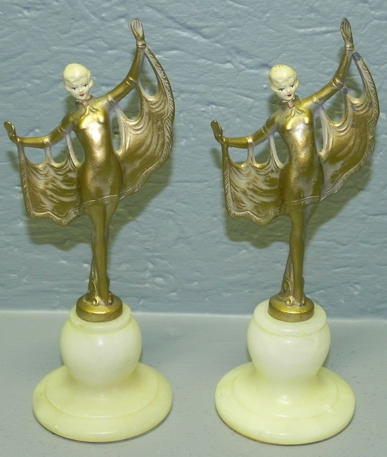 37: Pair of Art Deco figurines with alabaster base.