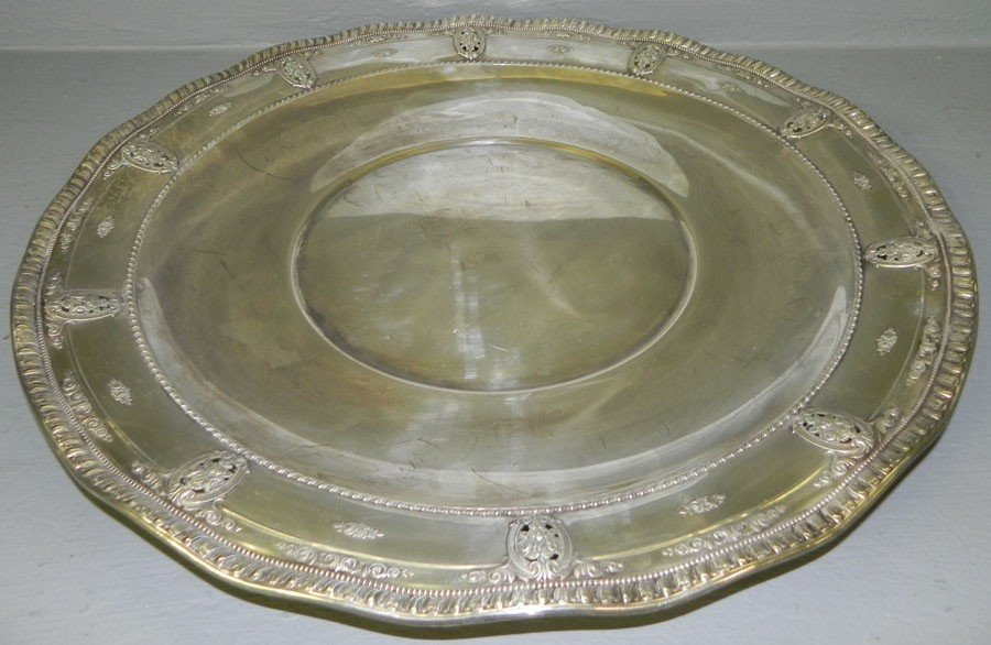 345: Wallace sterling round tray, Rose Point 32.16 t.o.