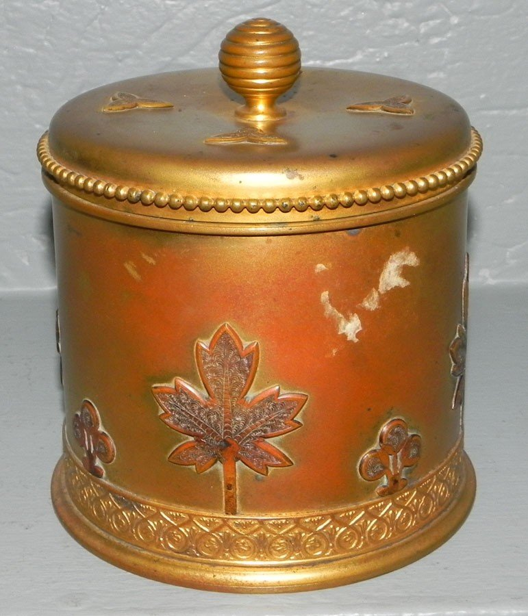 353: Tiffany & Co. humidor or collar box. No. 0175.