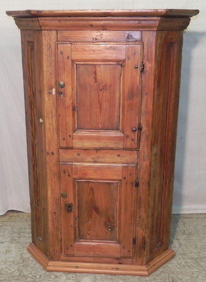 10: Yellow pine two door hanging corner cupboard