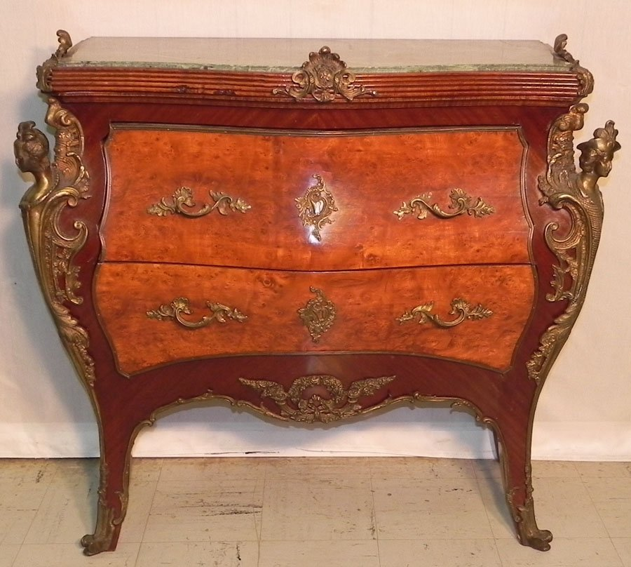 4: MT bronze mounted bombe style Fr. commode.