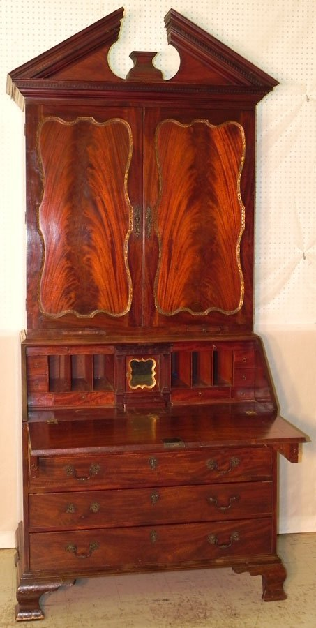 319: 18th c. Honduras mahog. Chippendale secretary