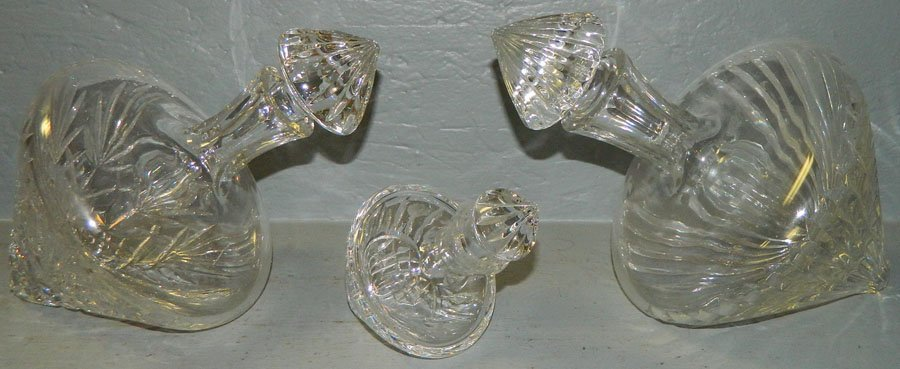 8: (3) Cut ship decanters