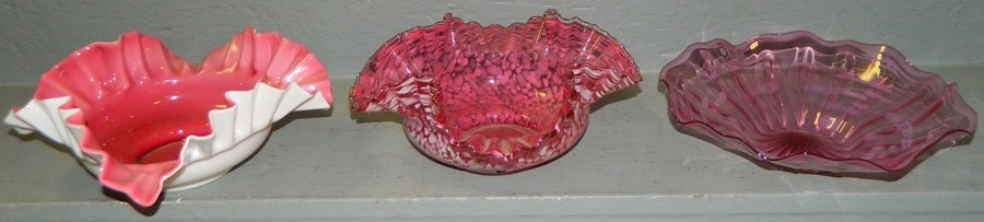 "9: (3) Art glass bride's baskets (9 1/2""-10"" diameter)"