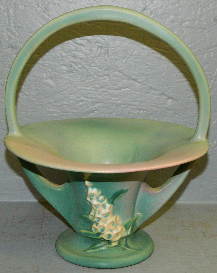 463: Roseville Foxglove basket.