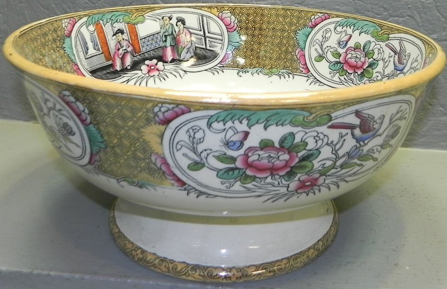 19th c.Eng pottery bowl registered T.Till and Sons.