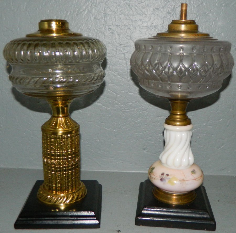 (2) Early oil lamps.