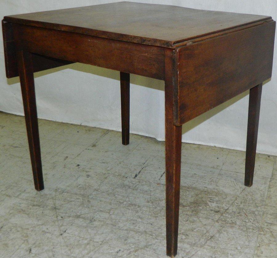 Mahogany Hepplewhite pembroke table.