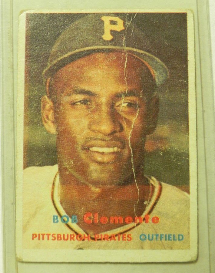 1957 Topps Roberto Clemente #76