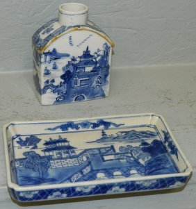 19th C. Chinese Porcelain Caddy And Tray