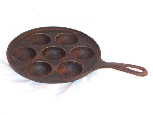 6: cast iron egg poacher