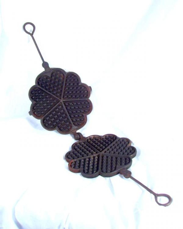 15: Cast iron waffle iron