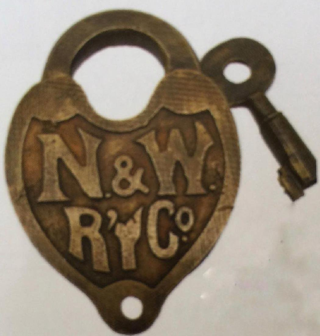 NORTHERN AND WESTERN RAILROAD SOLID BRASS PADLOCK W/
