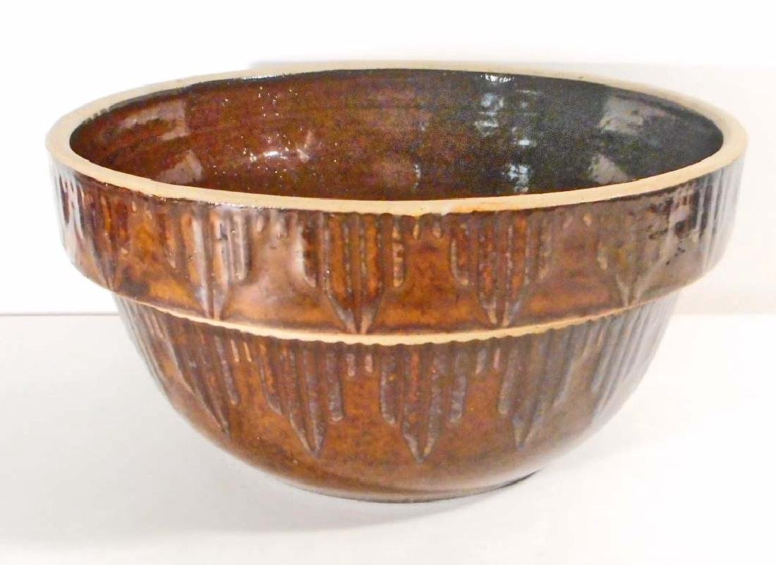ANTIQUE BROWN ICYCLE BRUSH POTTERY MIXING BOWL - 5""