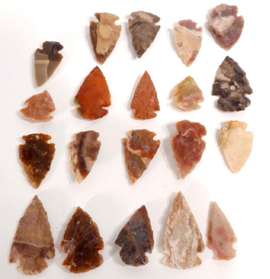 LOT OF 20 OHIO SPEAR HUNTING FLINT ARROWHEADS