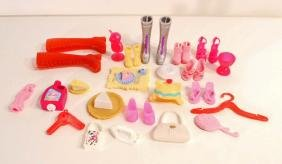LOT OF VINTAGE BARBIE DOLL SHOES AND ACCESSORIES