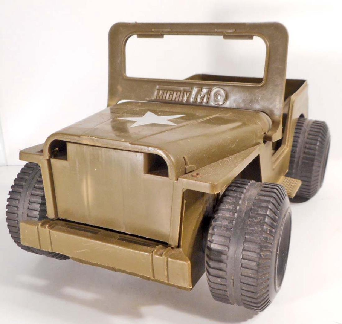 VINTAGE 1973 IDEAL MIGHTY MO ARMY JEEP