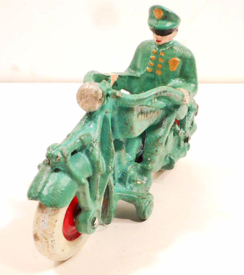 GREEN CHAMPION MOTORCYCLE WITH RIDER TOY