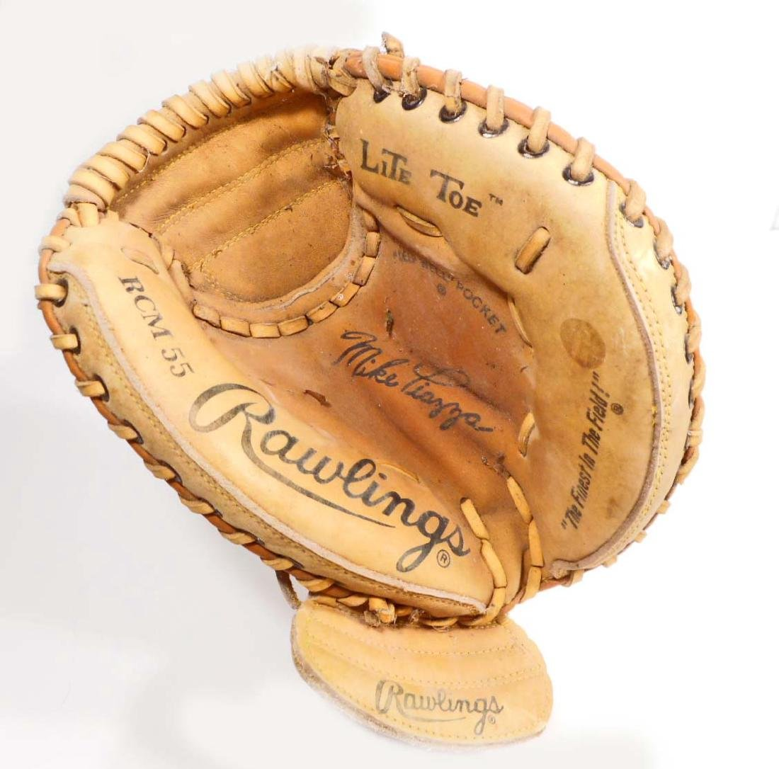 VINTAGE RAWLINGS MIKE PIAZZA CATCHERS MITT GLOVE