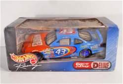 VINTAGE HOT WHEELS NASCAR DELUXE DIE CAST CAR IN ORIG