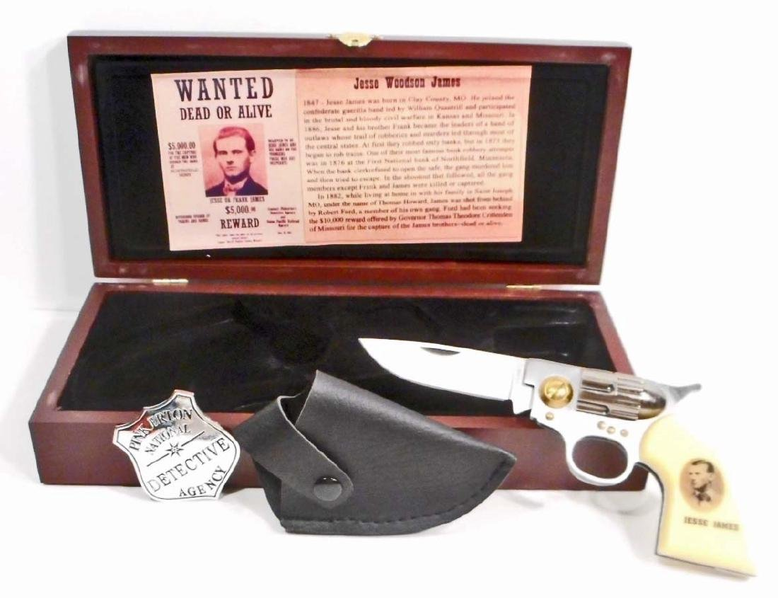 JESSE JAMES COMMEMORATIVE KNIFE SET W/ CASE