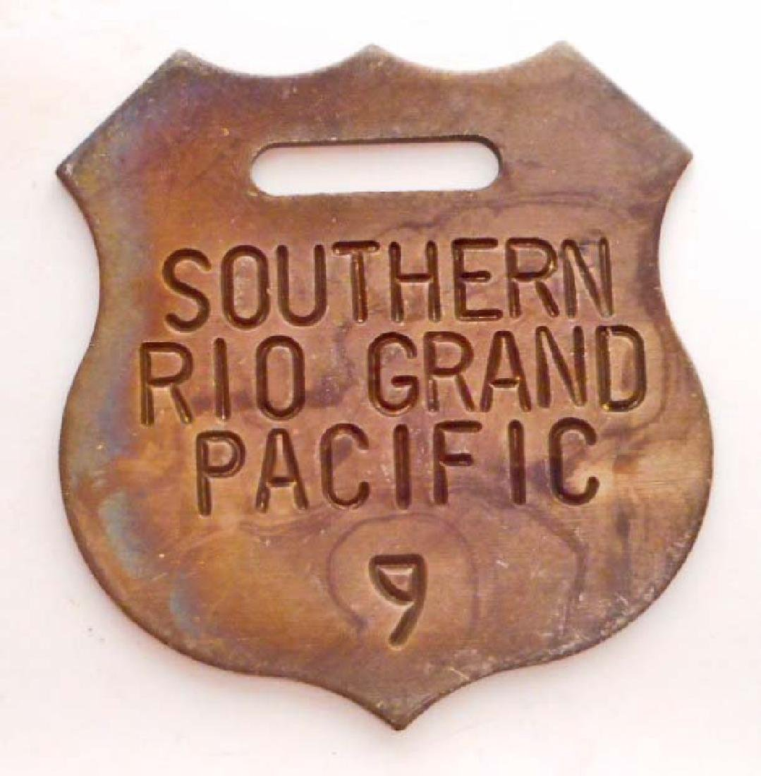 SOUTHERN PACIFIC RAILROAD METAL SHIELD WATCH FOB