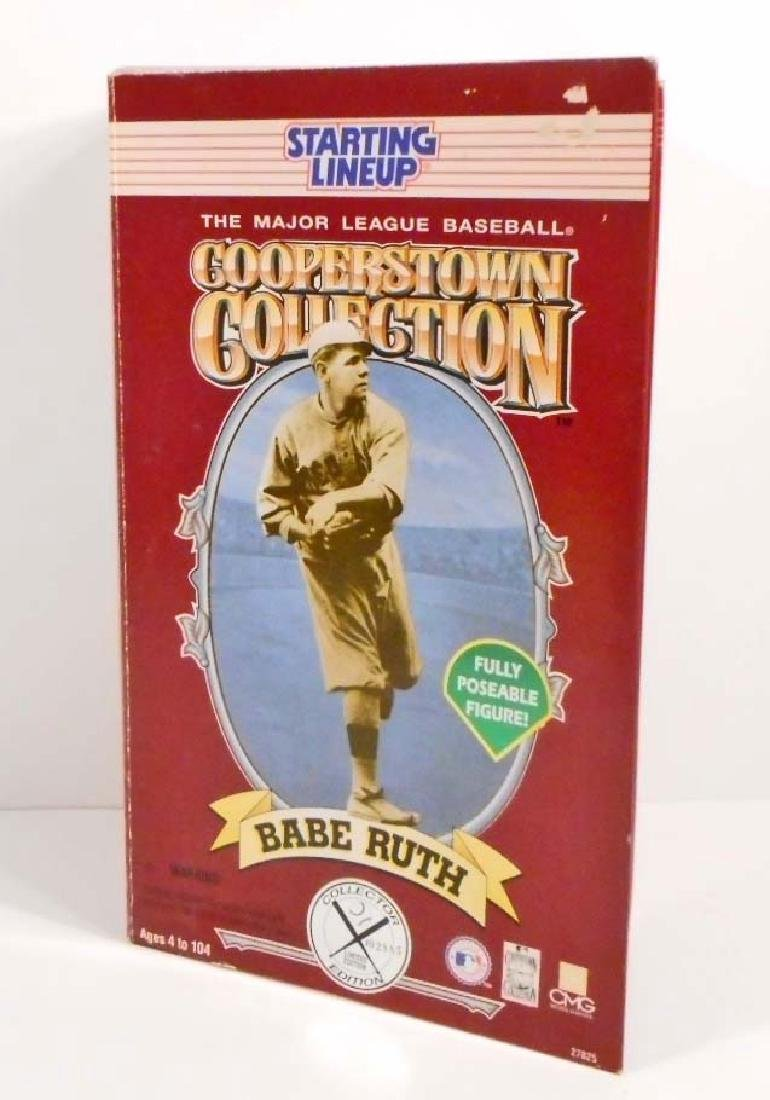 VINTAGE BABE RUTH FULLY POSEABLE FIGURE IN ORIGINAL BOX - 2