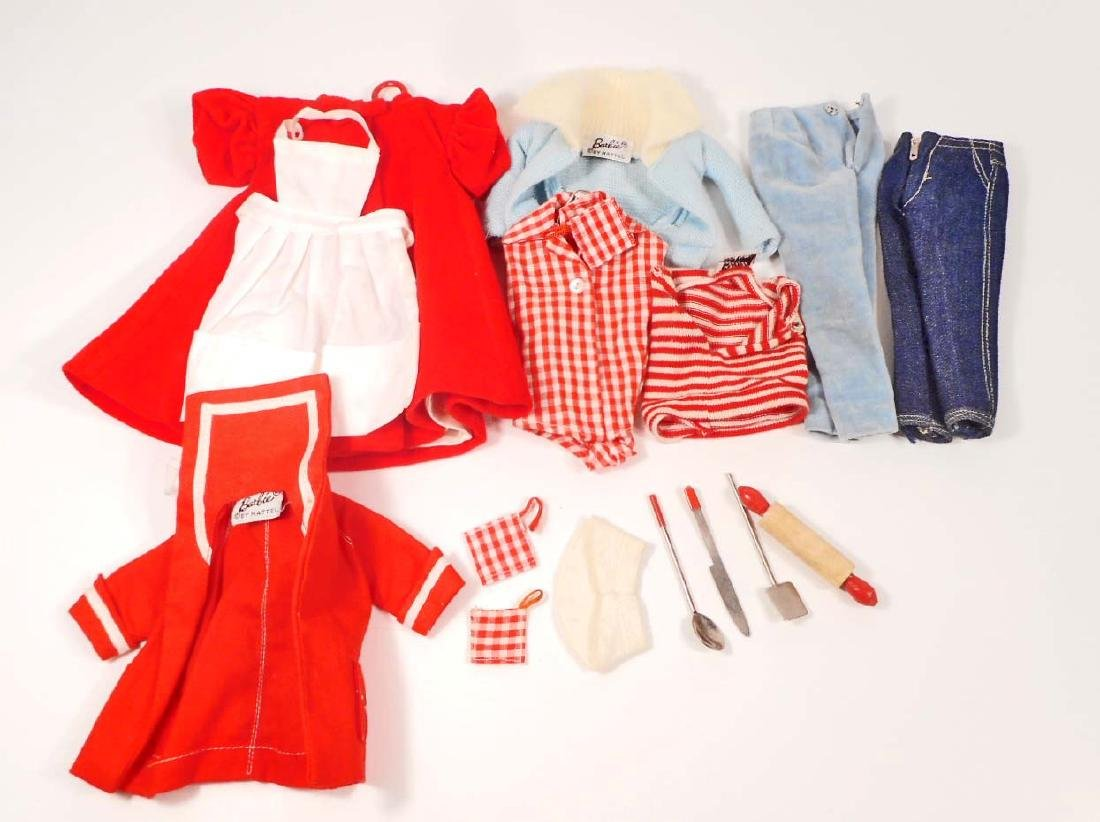LOT OF VINTAGE 1960'S MATTEL BARBIE DOLL CLOTHES &
