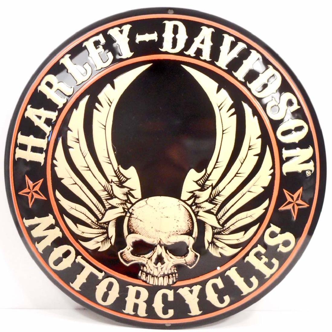HARLEY DAVIDSON FLYING SKULL ROUND BUTTON EMBOSSED