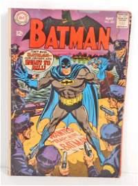 1968 BATMAN #201 COMIC BOOK W/ 12 CENT COVER