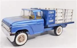VINTAGE STRUCTO FARMS STAKE PRESSED STEEL TRUCK