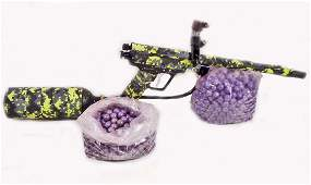 PAINTBALL GUN W/ TANK AND LOADER AND PAINTBALLS
