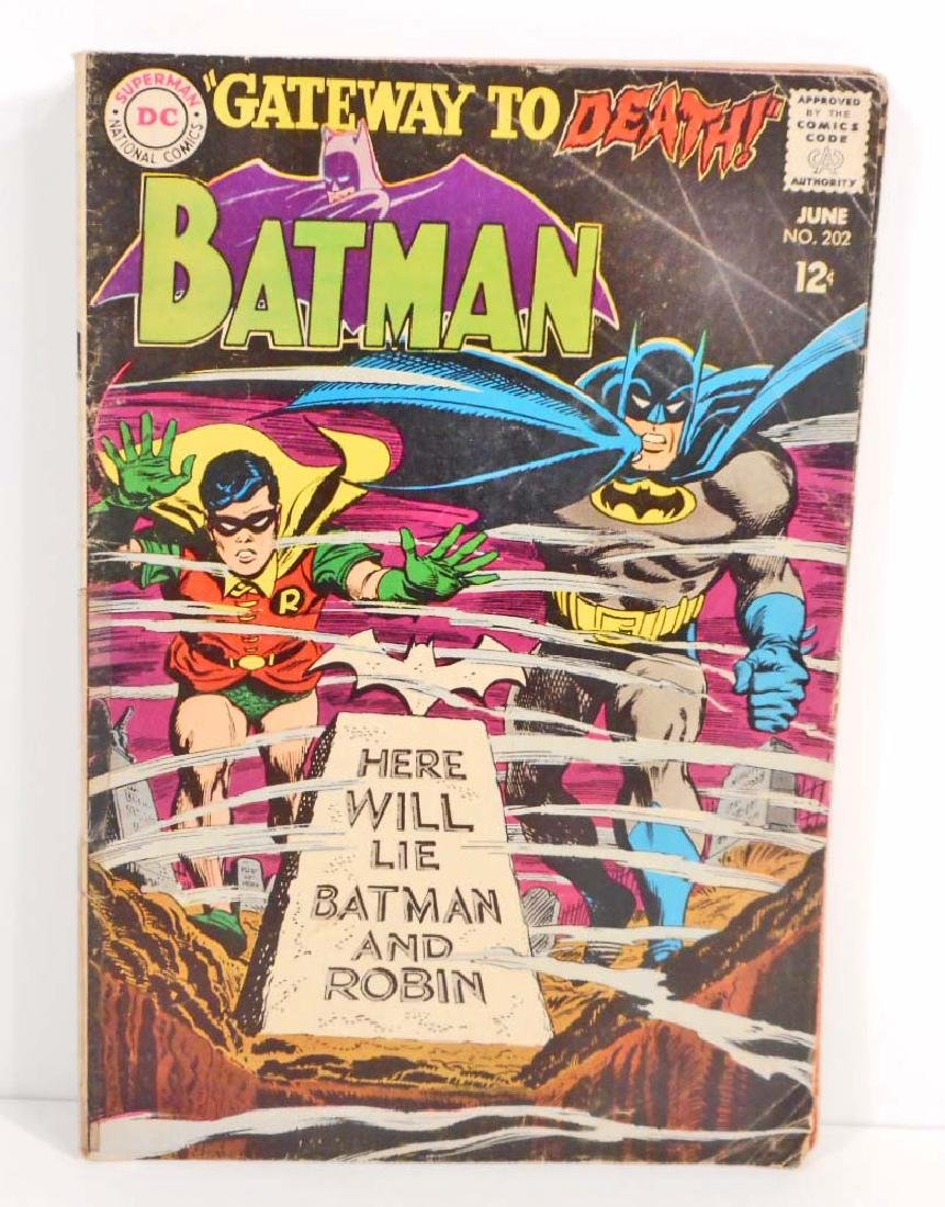 1968 BATMAN #202 COMIC BOOK W/ 12 CENT COVER