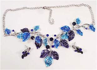 BEAUTIFUL NECKLACE AND EARRINGS JEWELRY SET