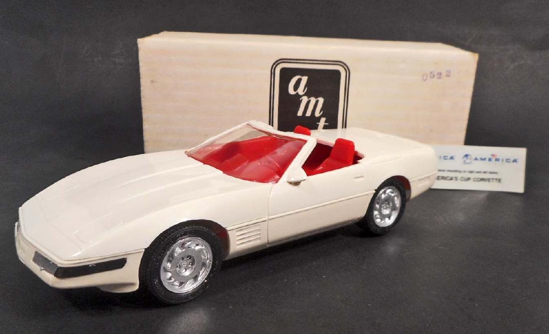 ARTIC WHITE ERTL NO. 8923 AMERICA CORVETTE