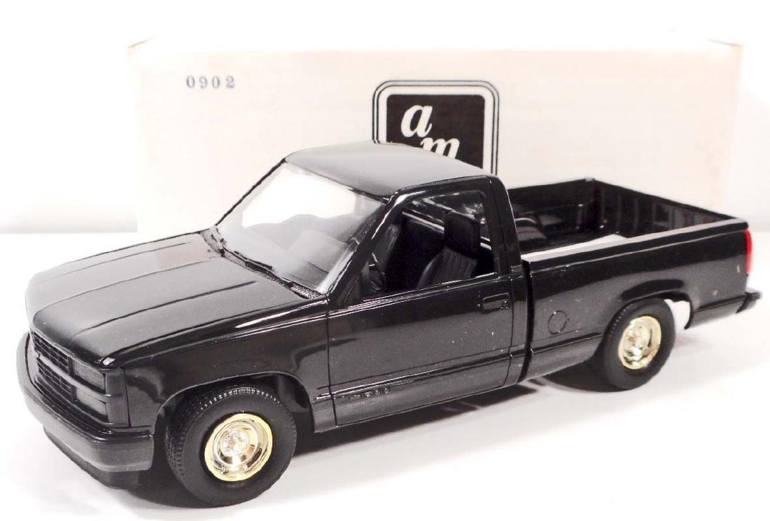 1992 ERTL #6159 SILVERADO SPORTSIDE PROMO CAR - MIB