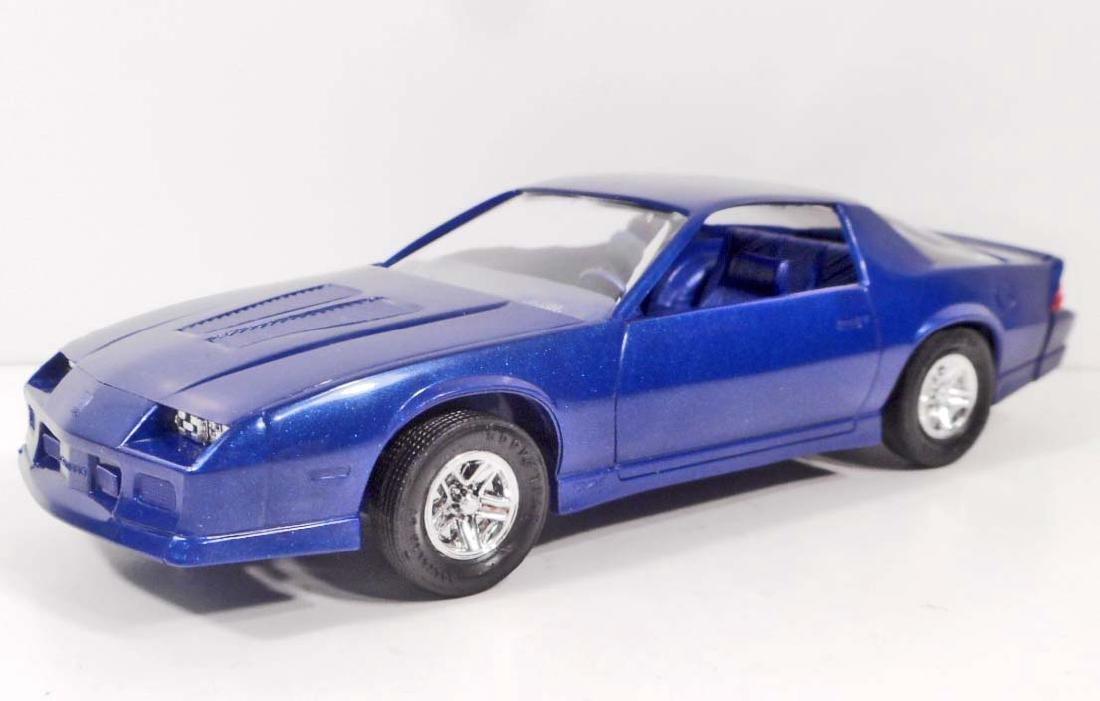 1987 PROMO CAR #6104EO CAMARO DARK BLUE METALLIC - MIB