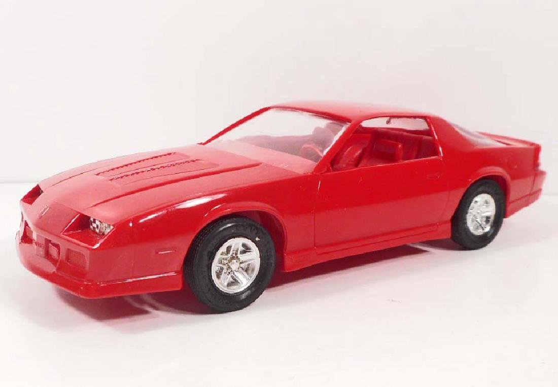 1990 ERTL#6043 PROMO TOY CAR CAMARO IROC-Z BRIGHT RED
