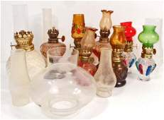 LOT OF 8 VINTAGE MINIATURE / SMALL OIL LAMPS