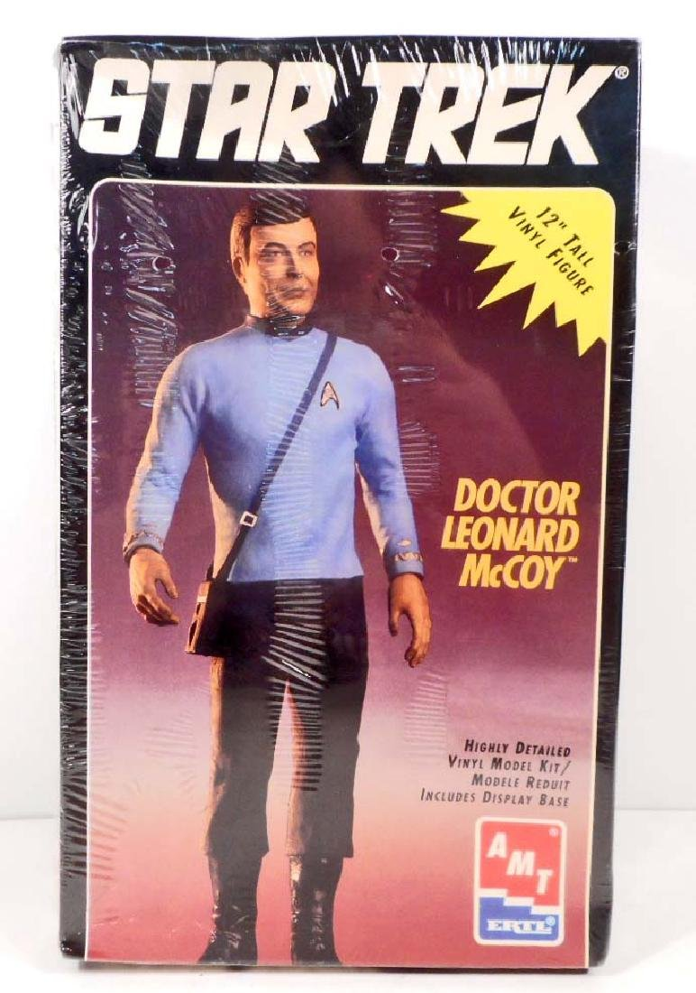 1994 ERTL STAR TREK DR. LEONARD MCCOY MODEL KIT
