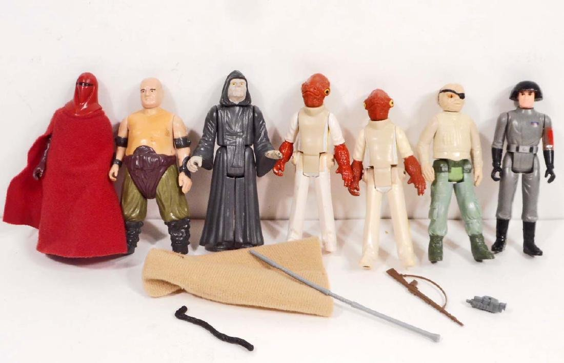 1977-80S KENNER STAR WARS FIGURE AND WEAPON COLLECTION